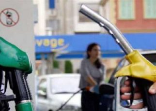 Centre Cuts Fuel Prices By Rs. 2.50, Ask States Government for Similar Cut Latest Price of fuel, Fuel prices in states