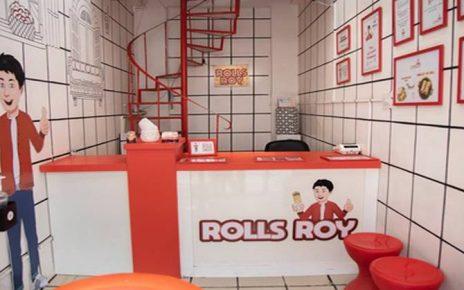 4 Most Flavourful Rolls That You Just Can't Miss Out At Rolls Roy, Rolls Roy in jodhpur, tasty rolls in Sardarpura, rolls in aapnojodhpur